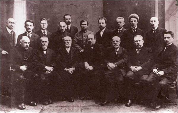 Профессорский состав ВГУ в 20-е годы